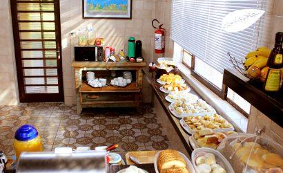 Guappo-Hostel-cafe-da-manha-002
